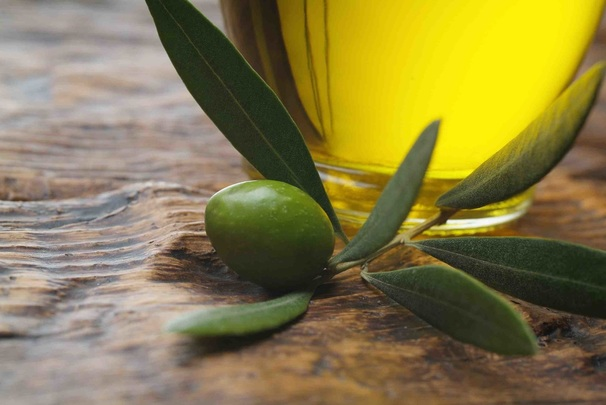 Benefits of olive oil in the Mediterranean diet  www.cadencehealth.com.au